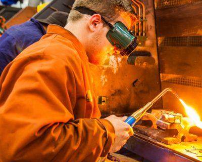 Metal & Engineering